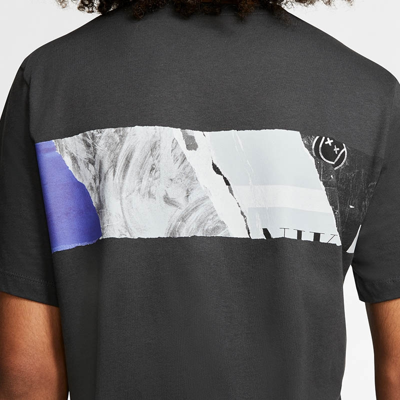 Nike Court Graphic Short Sleeve T-Shirt