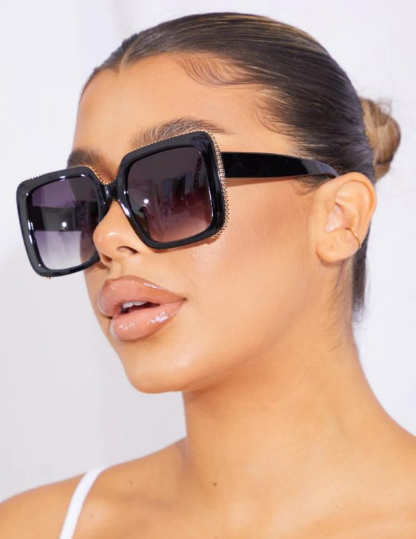 PrettyLittleThing Oversized Square Cut Out Sunglasses